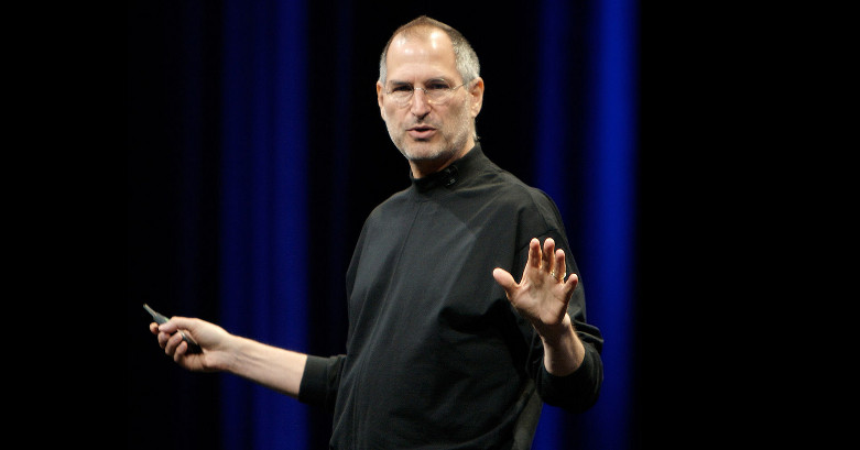 Steve-Jobs-at-the-WWDC-07